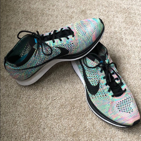 688c4be77b04 Nike Flyknit Racer multi-color women 9.5 men 8. M 5af6087ea4c4858e630f1033